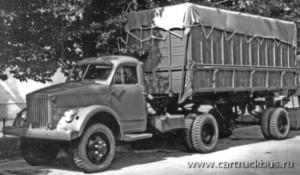 Выставочный образец автопоезда-хлопковоза из тягача ГАЗ-63Д и полуприцепа ГАЗ-707, укомплектованных колесными дисками «УралЗИС». Москва, ВДНХ, 1958 год.