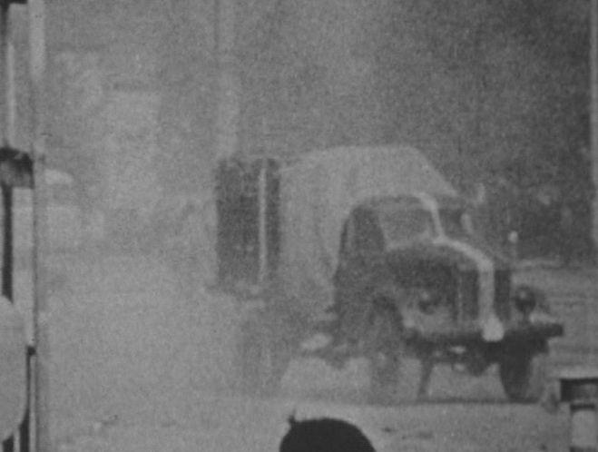 """ГАЗ 63 в фильме """"Цвет воздуха — красный"""", 1977"""